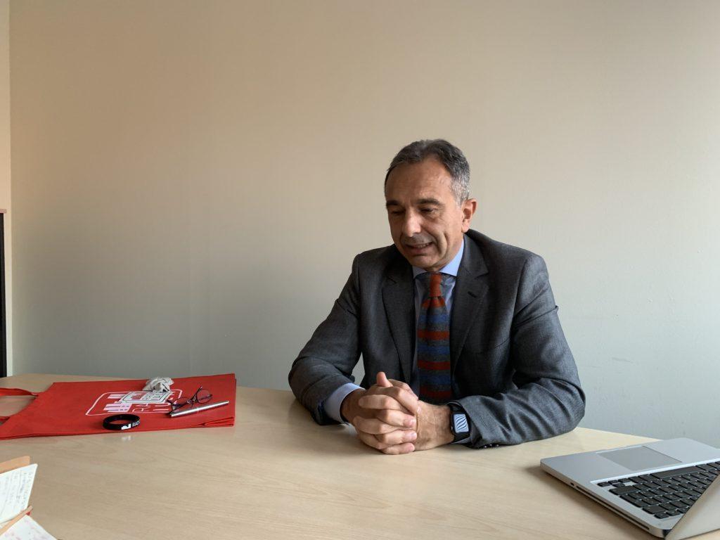 QuarAntenna: economia politica con il Prof. Luca Barbarito